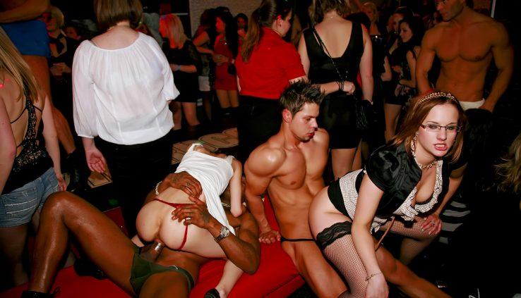 даже смотреть видео секс вечеринка аристократов что началу